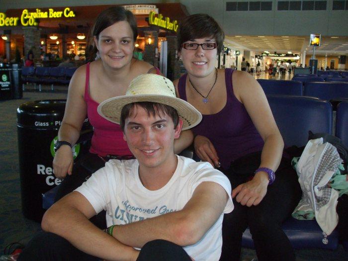 Am Flughafen Carlotte