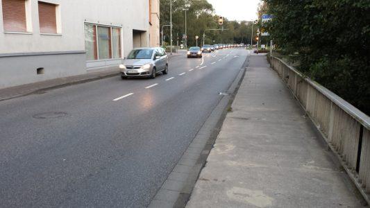 Feierabendverkehr auf der Idsteiner Straße