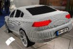 Ein Auto in geringer Auflösung.