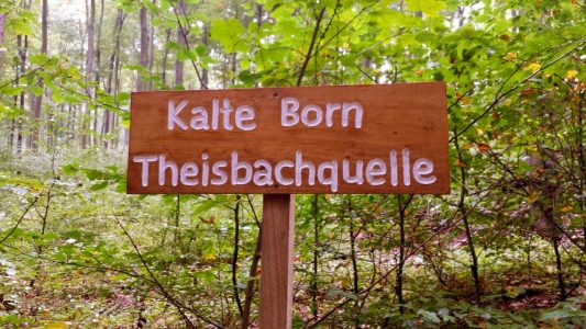 Neues Schild am Kalte Born