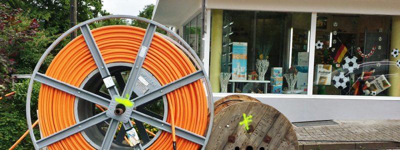 Telekom verlegt Glasfaser